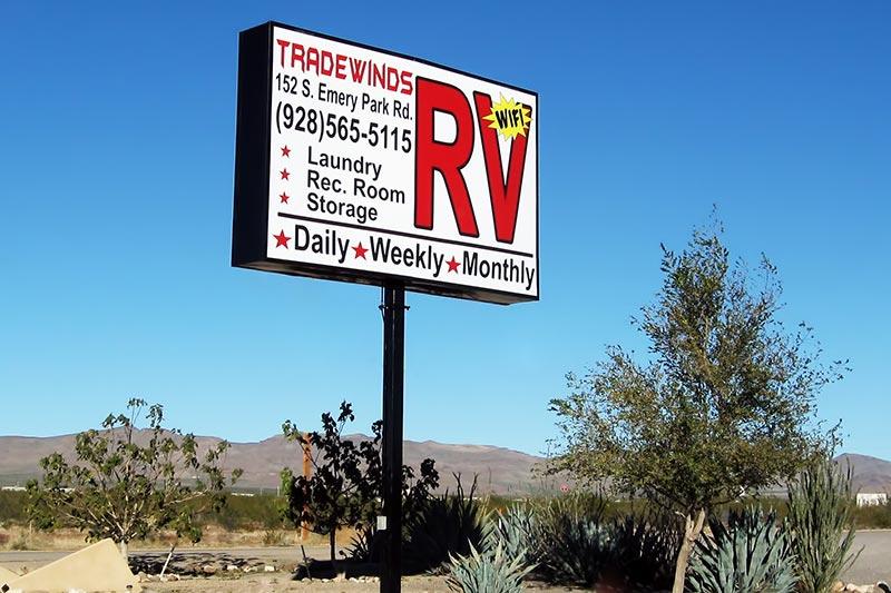 Golden Valley Arizona Desert RV Photos : Tradewinds RV Park